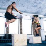 HIIT tréning muž a žena
