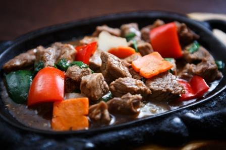 maso so zeleninou - popularne a chutne vietnamske jedlo